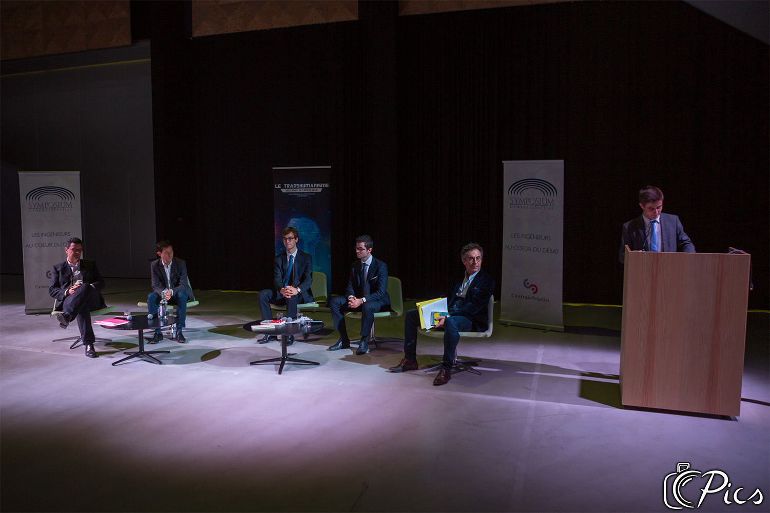Table-ronde sur le Transhumanisme
